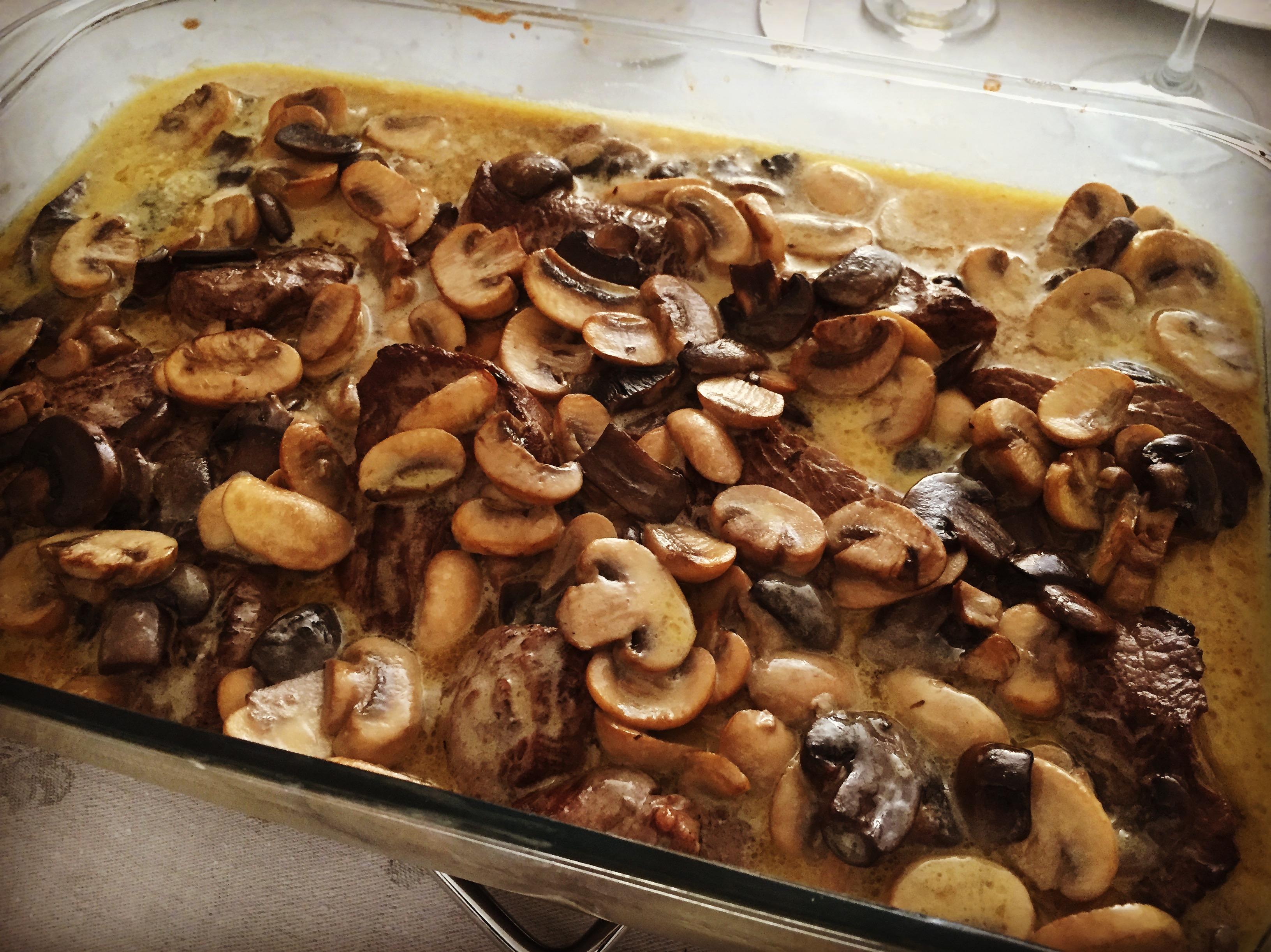 Filé-mignon com nata e cogumelos do Orlando